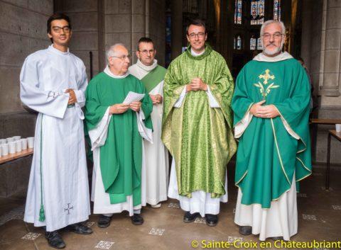 Première messe à Saint-Nicolas pour le père Hervé Godin